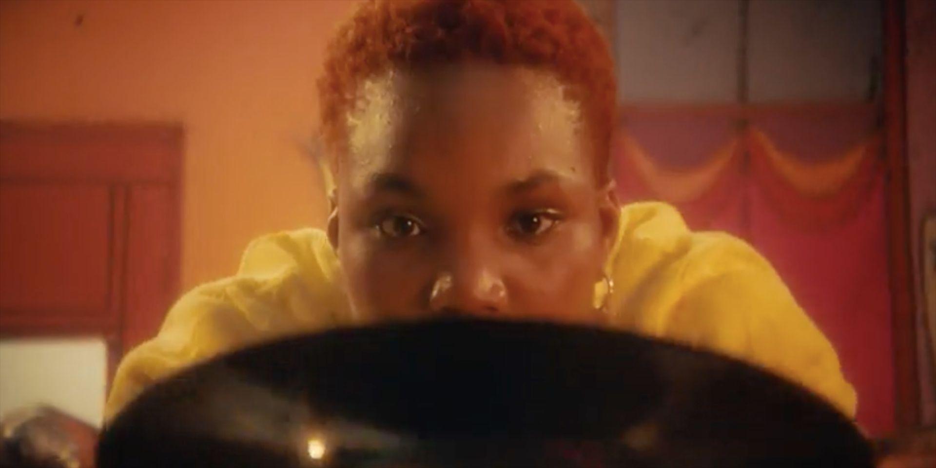 """Arlo Parks lanza el videoclip de su canción """"Too Good"""""""